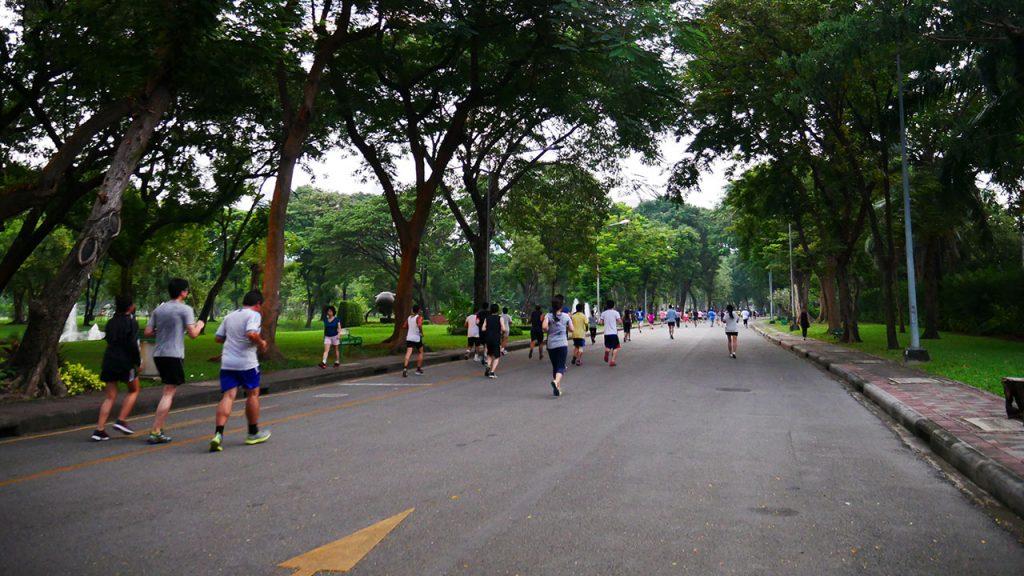 สนามวิ่งในกรุงเทพ 3 ไม่ต้องกลัวรถติดอีกด้วยนะคะ และจะมีที่ไหนใกล้ที่พัก สนามวิ่งเขตกรุงเทพ สวนสาธารณะ ใกล้ กรุงเทพ ข่าวกีฬา