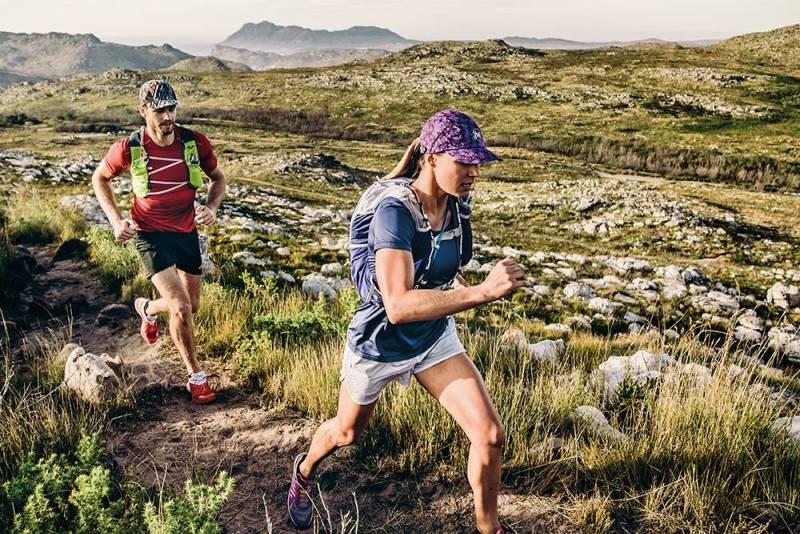แบรนด์นี้กลับเป็นอีกหนึ่งแบรนด์ชั้นนำด้านอุปกรณ์กีฬาเลยก็ว่าได้ โดยเป็นแบรนด์จากประเทศสเปน รีวิว หมวกวิ่ง Buff Pro Run Cap อุปกรณ์วิ่ง  รีวิวหมวกวิ่ง  หมวกสำหรับวิ่ง  หมวกสำหรับวิ่งมาราธอน  หมวกแบรนด์ต่างประเทศ  หมวกวิ่งที่นิยม  หมวกกันแดดuv